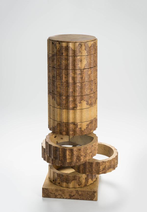 Stuhl bleistiftzeichnung  Säulenstumpf | Museum für Gestaltung Guide